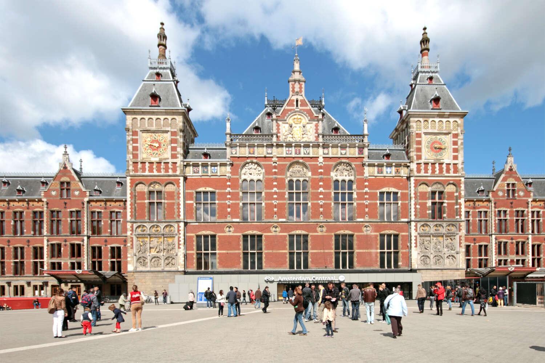 Amsterdam station